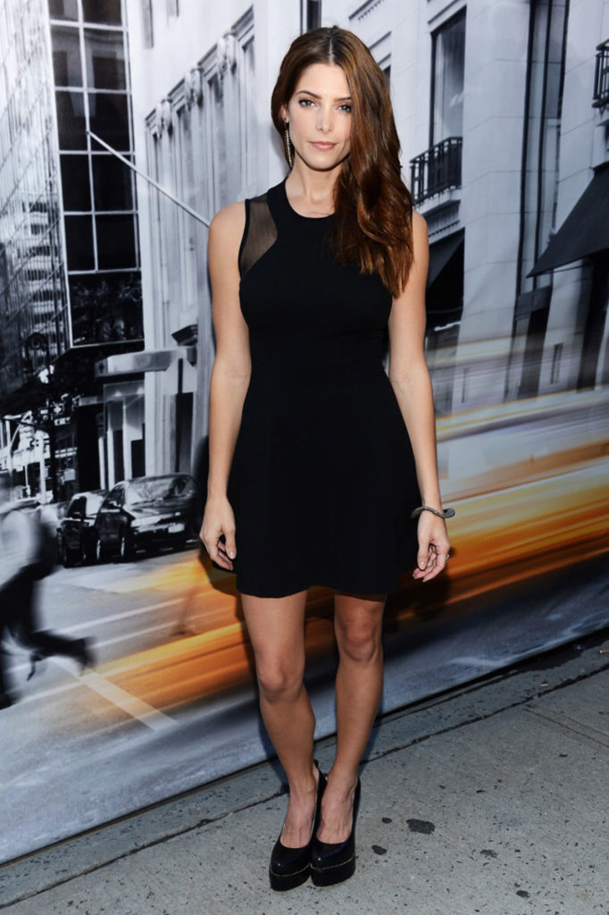 Ashley Greene New Look Pics