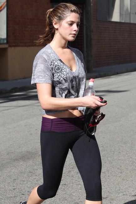Ashley Greene Pics In Yoga Pants
