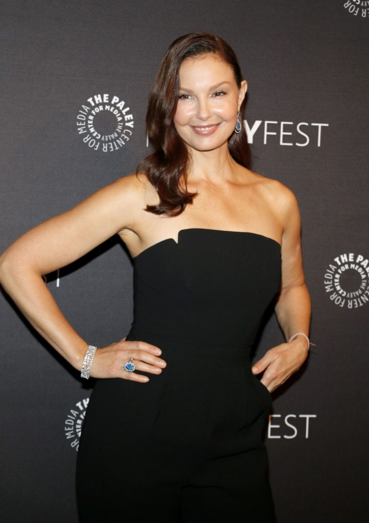 Ashley Judd Hot Boobs Pics
