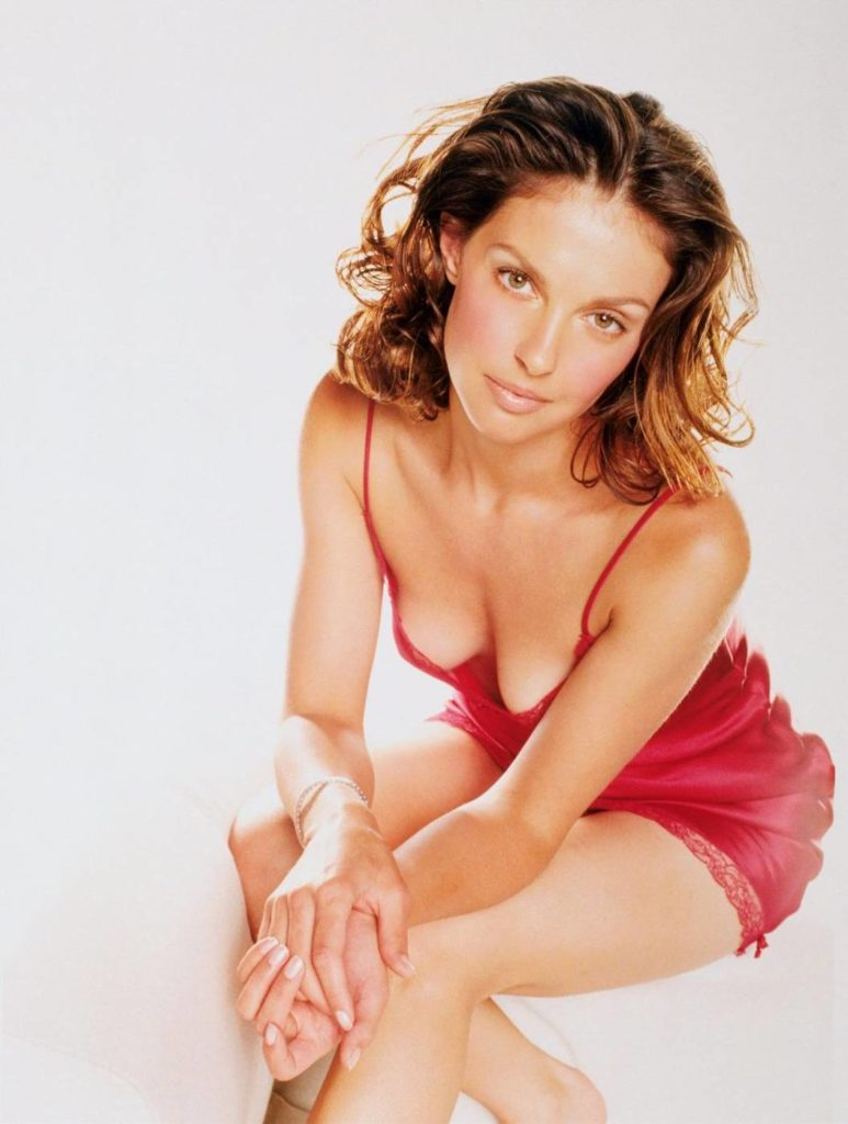 Ashley Judd In Bathing Suit Pics