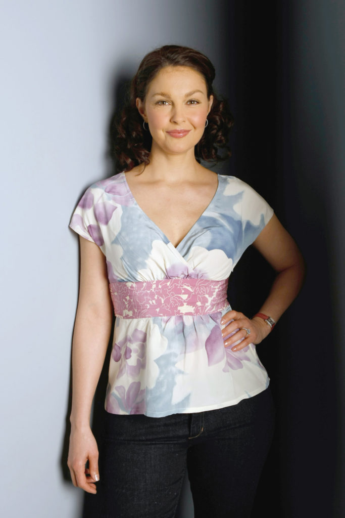 Ashley Judd In Jeans Top Pics