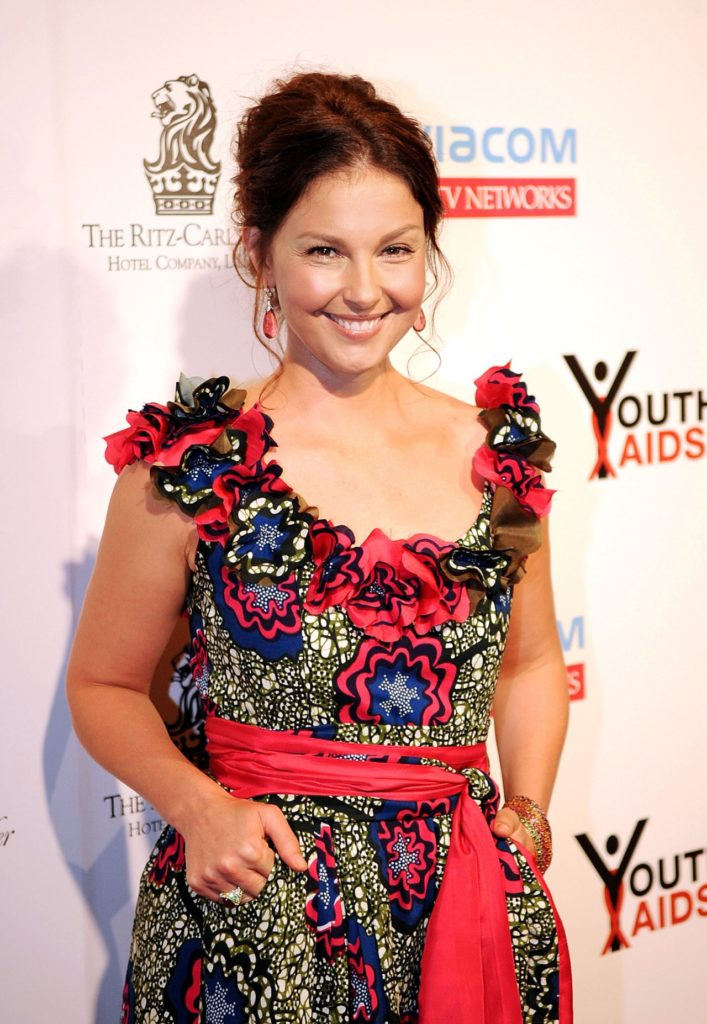 Ashley Judd Latest Hair Style Photos