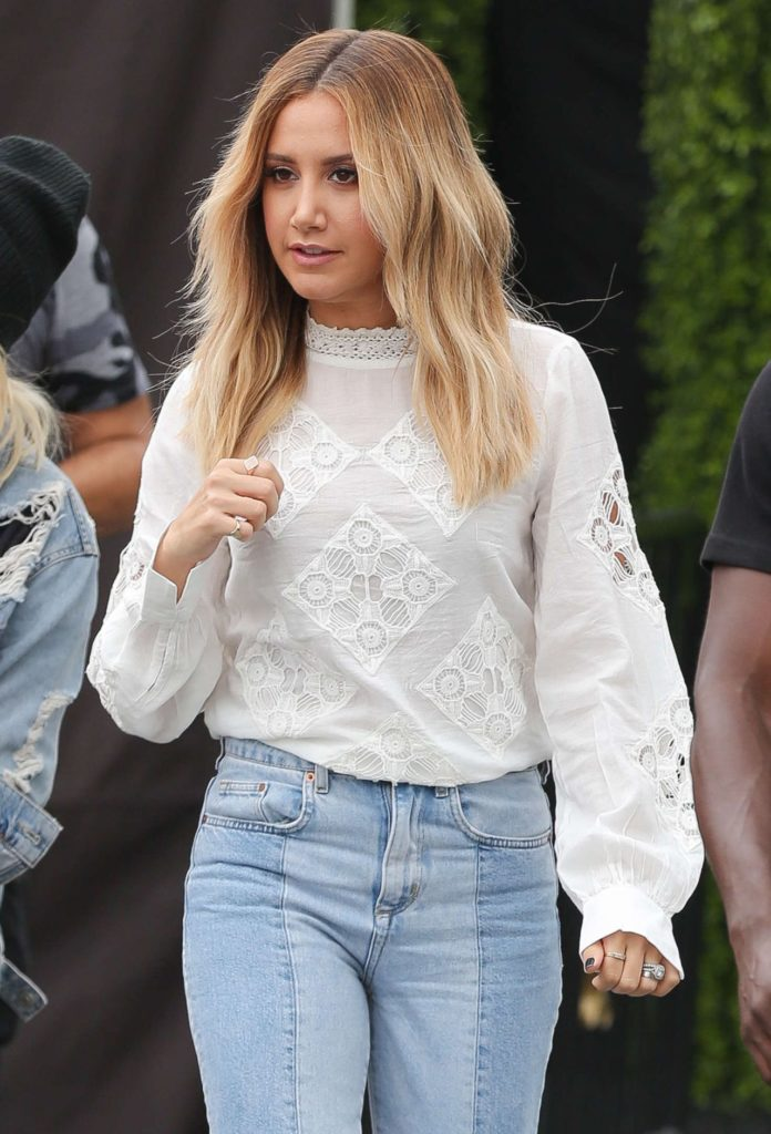 Ashley Tisdale In Jeans Top Pictures