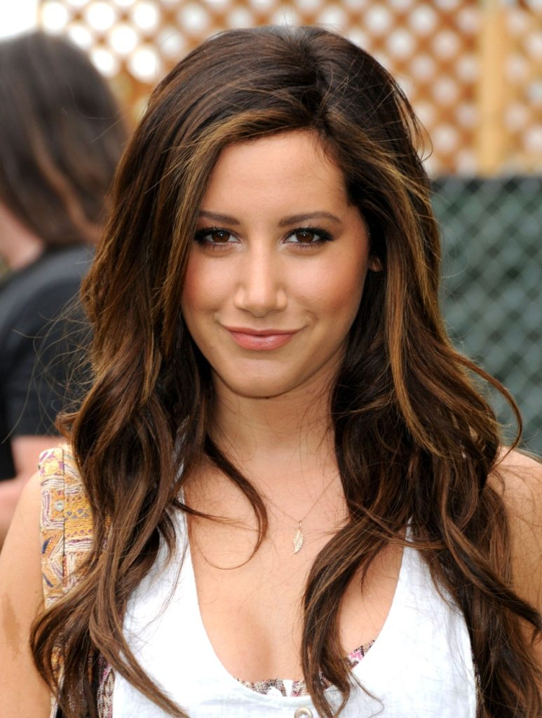 Ashley Tisdale New Look Photos
