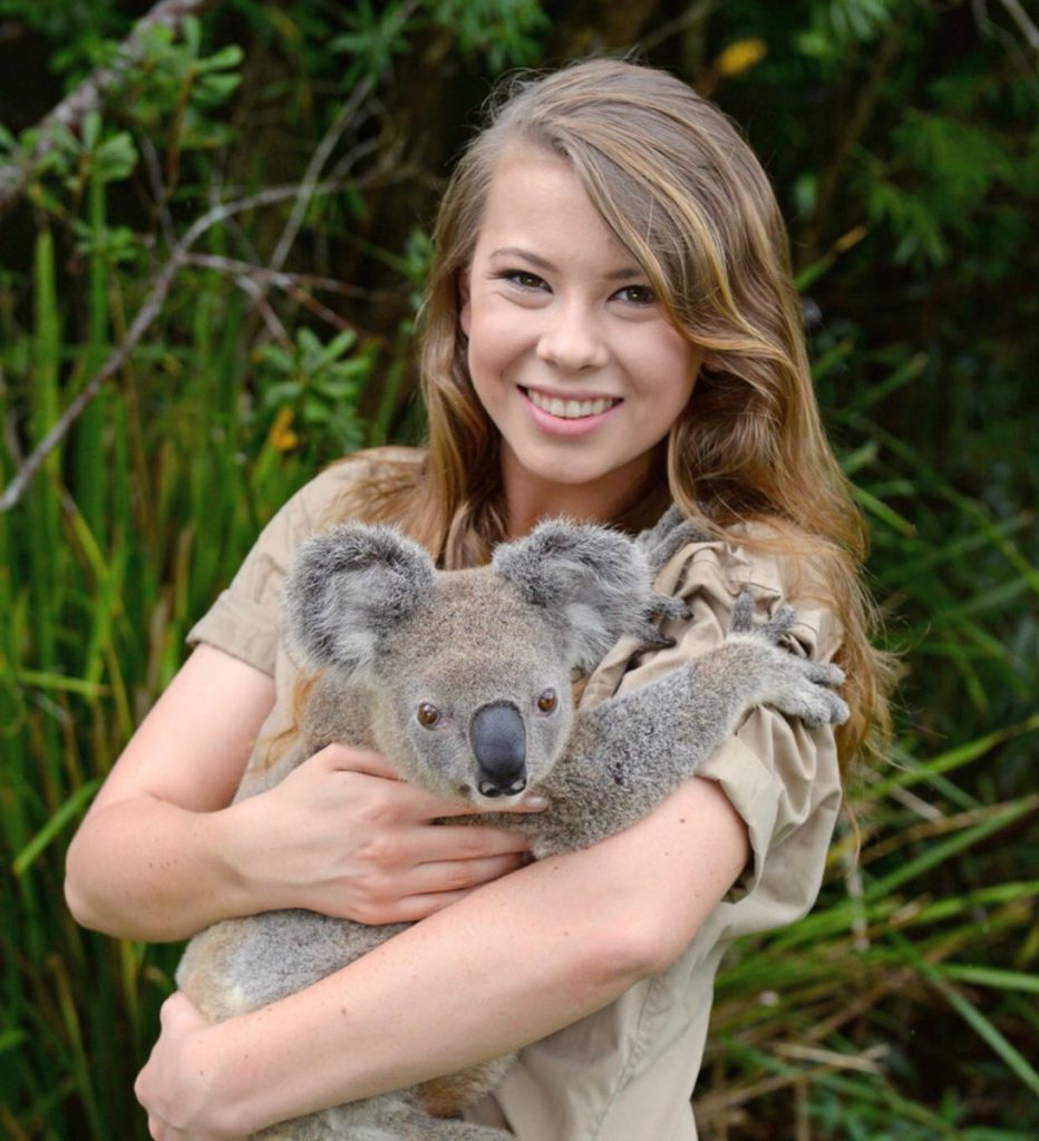 Bindi Irwin Hot
