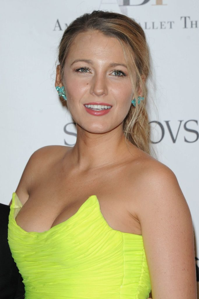 Blake Lively Boobs Images