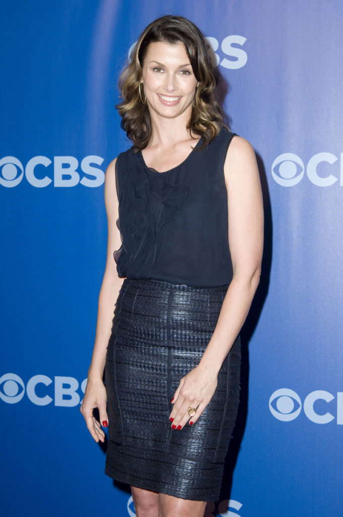 Bridget Moynahan Shorts Images
