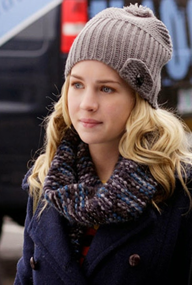 Britt Robertson Winter Look Pics
