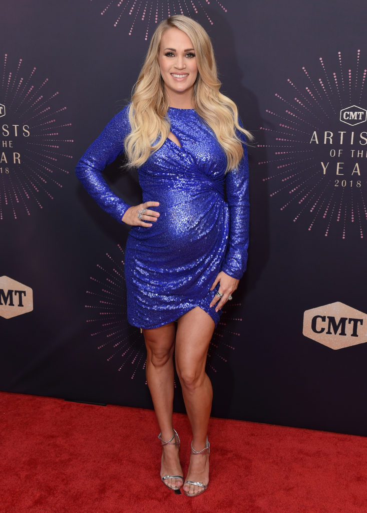 Carrie Underwood Feet Pictures