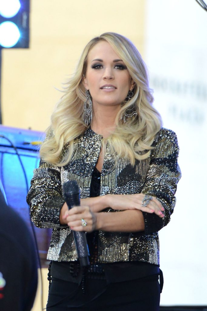 Carrie Underwood Jeans Images
