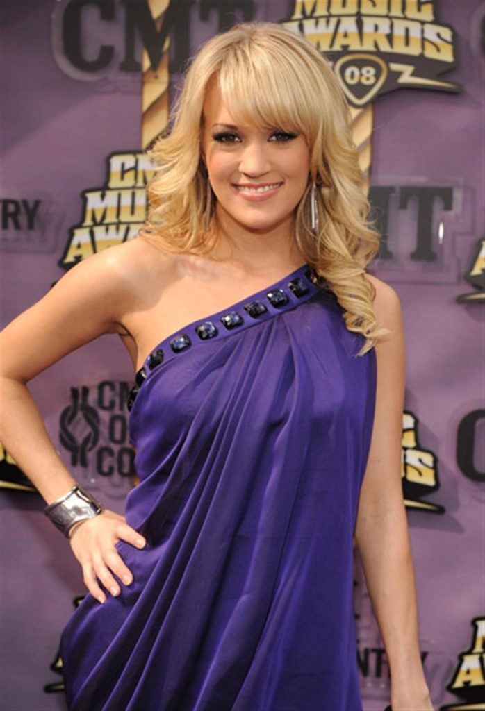 Carrie Underwood Muscles Pics