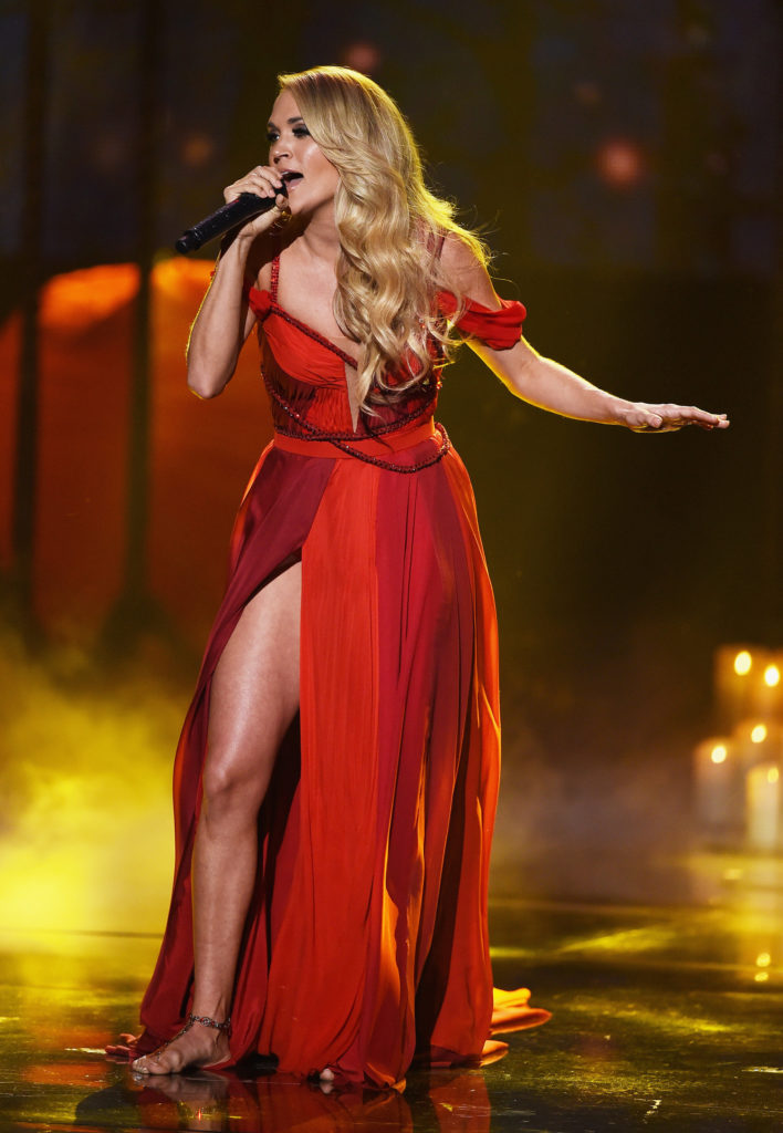 Carrie Underwood Sexy Body Images