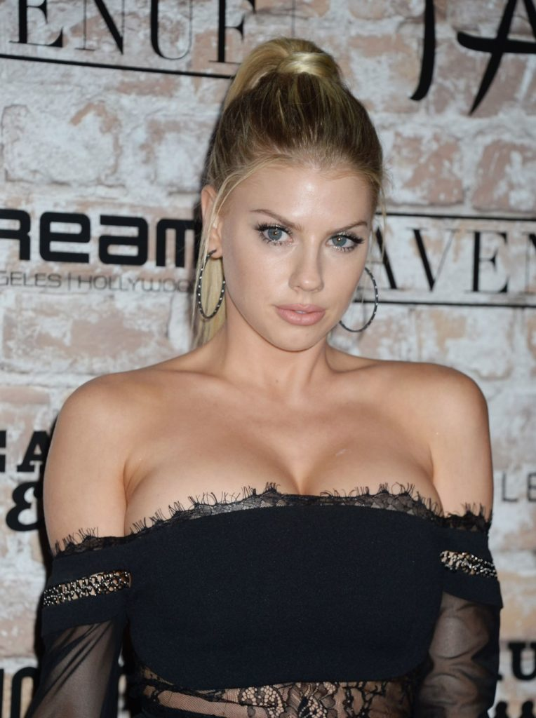 Charlotte McKinney Boobs Images