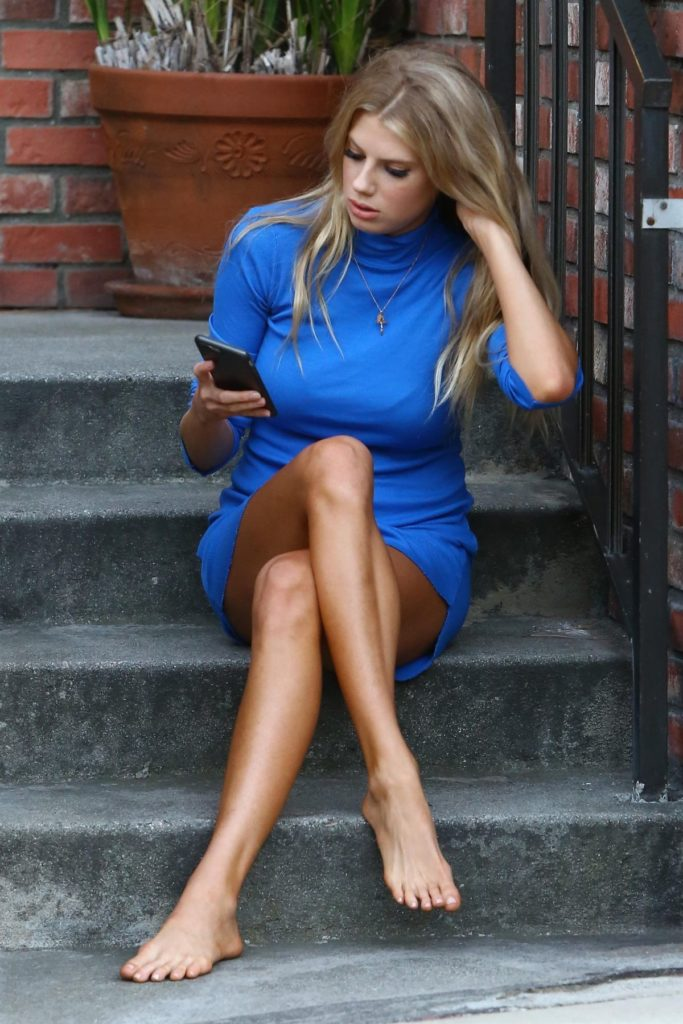 Charlotte McKinney Legs Images