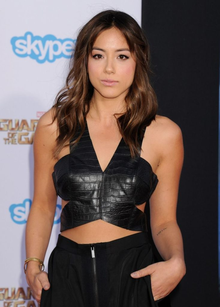 Chloe Bennet Navel Wallpapers
