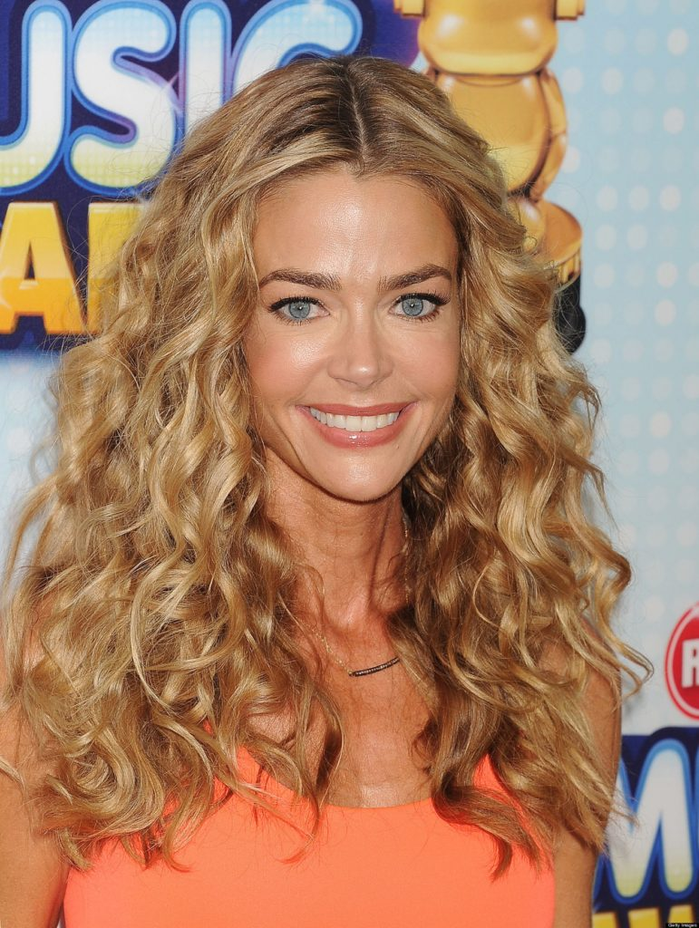 Denise Richards Cute Smile Pictures