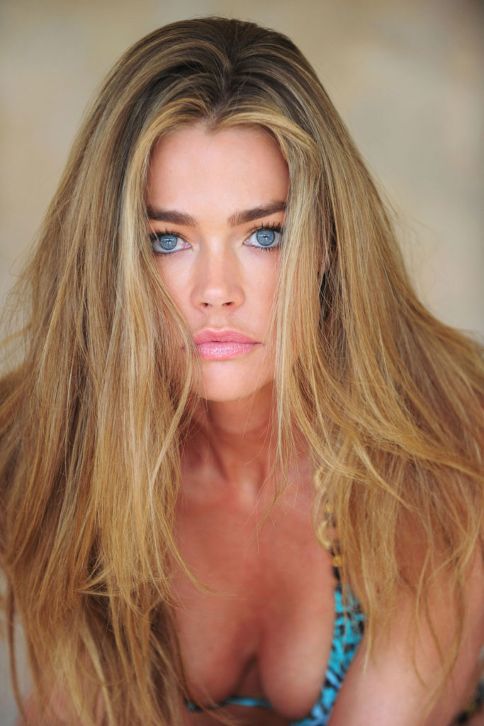 Denise Richards Topless Wallpapers