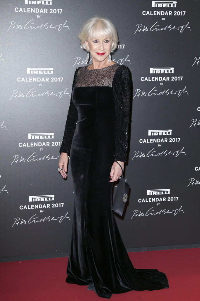 Helen Mirren In Black Clothes Pics