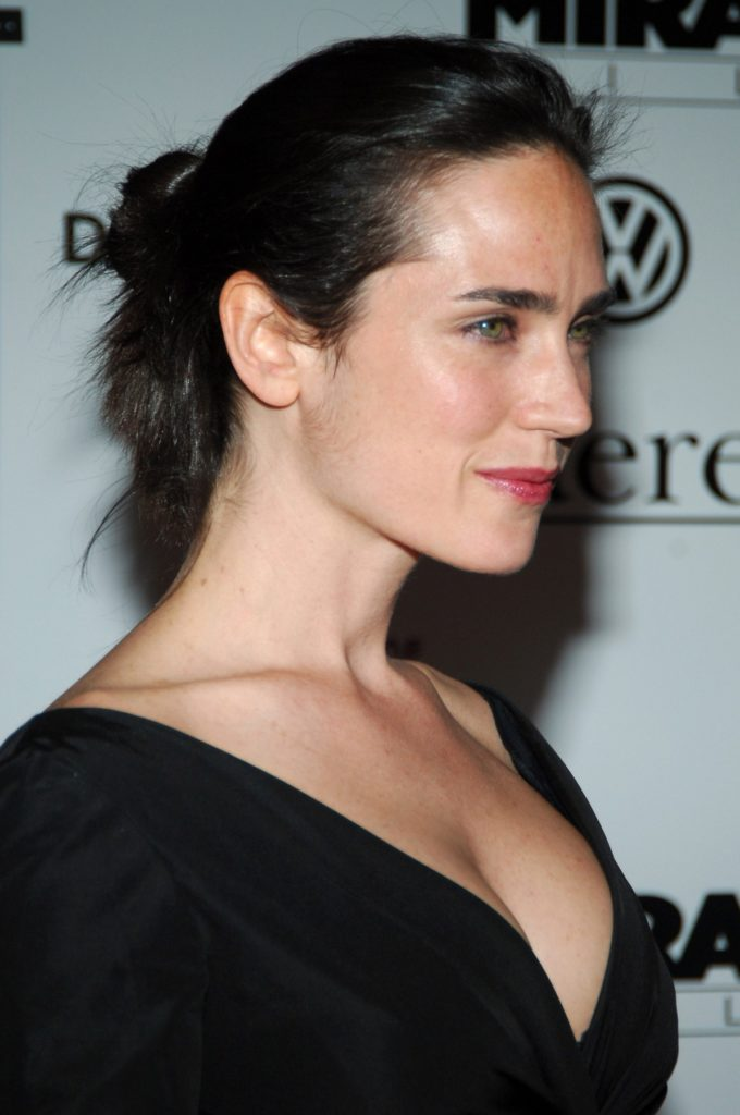 Jennifer Connelly Braless Pictures