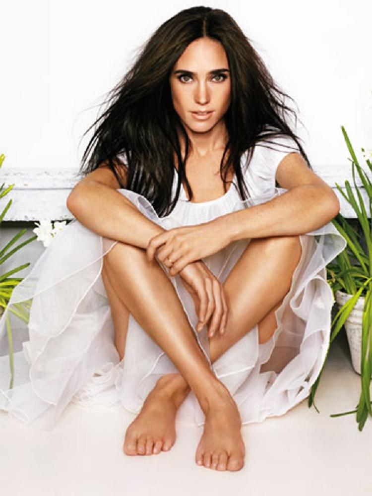 Jennifer Connelly Thighs Pics