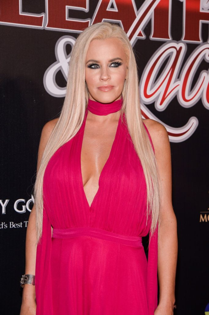 Jenny McCarthy Latest Hair Style Images