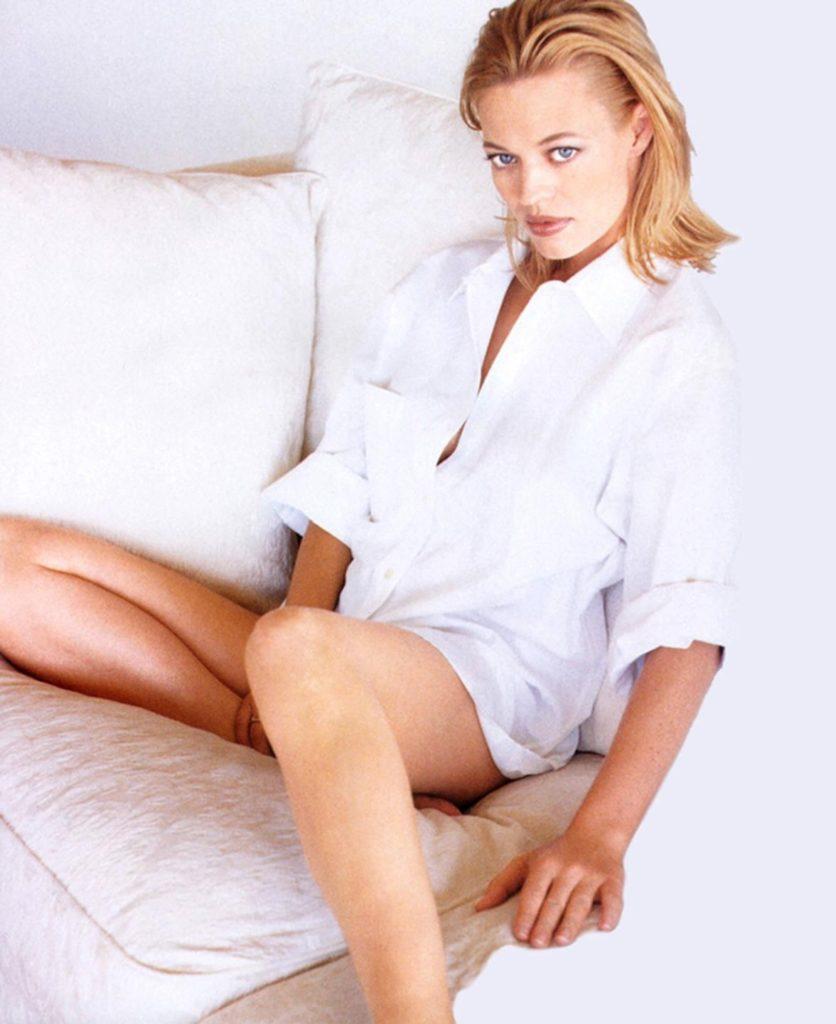 Jeri Ryan Undergarments Pics
