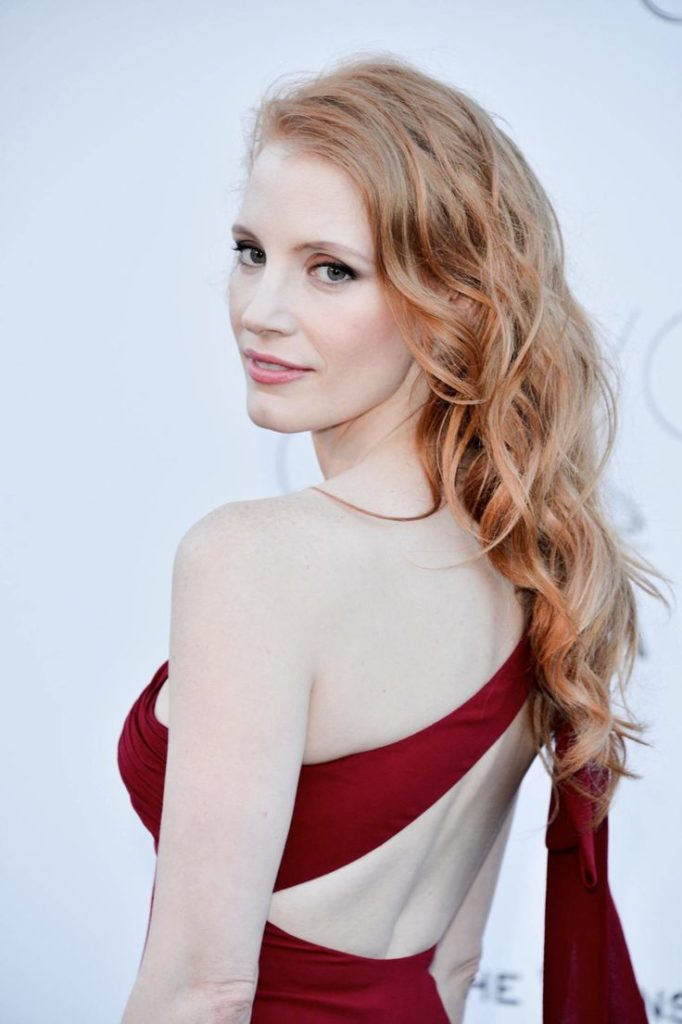 Jessica Chastain Backless Wallpapers