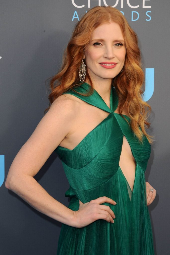 Jessica Chastain Young Sexy Pose Pics