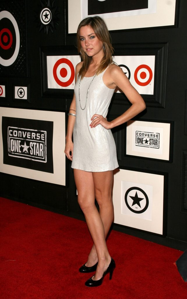 Jessica Stroup latest Pictures