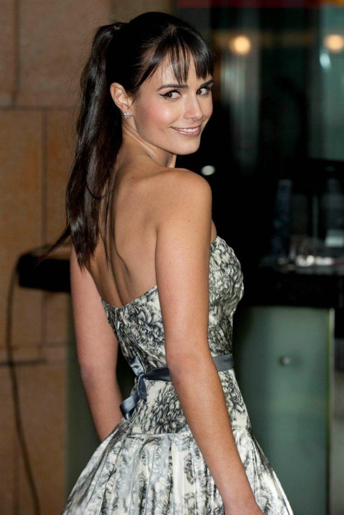 Jordana-Brewster-Backless-Photos