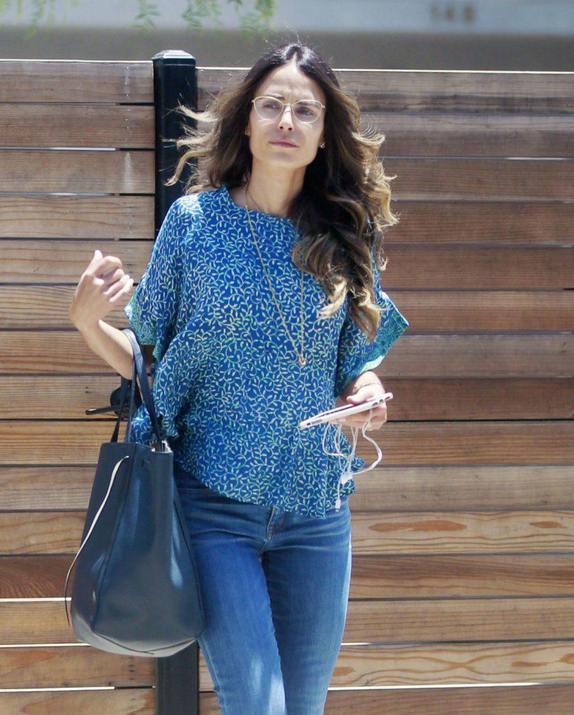 Jordana-Brewster-Jeans-Photos