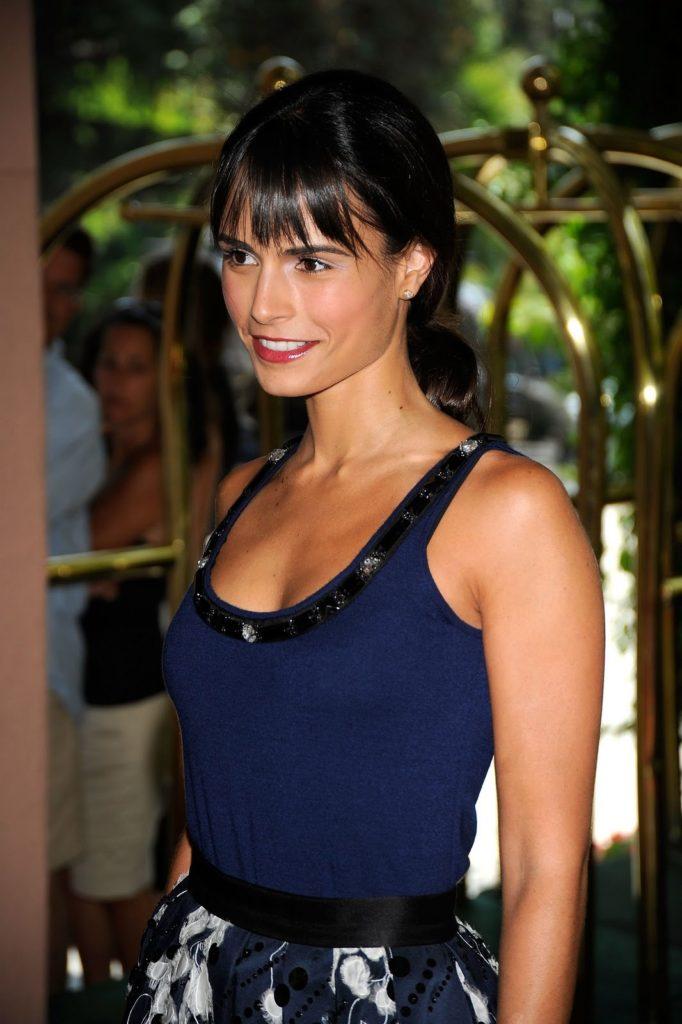 Jordana-Brewster-Muscles-Pics