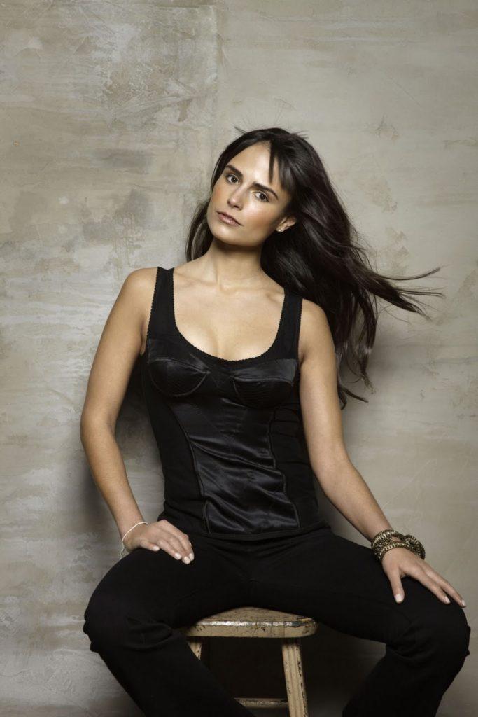 Jordana-Brewster-Workout-Pics