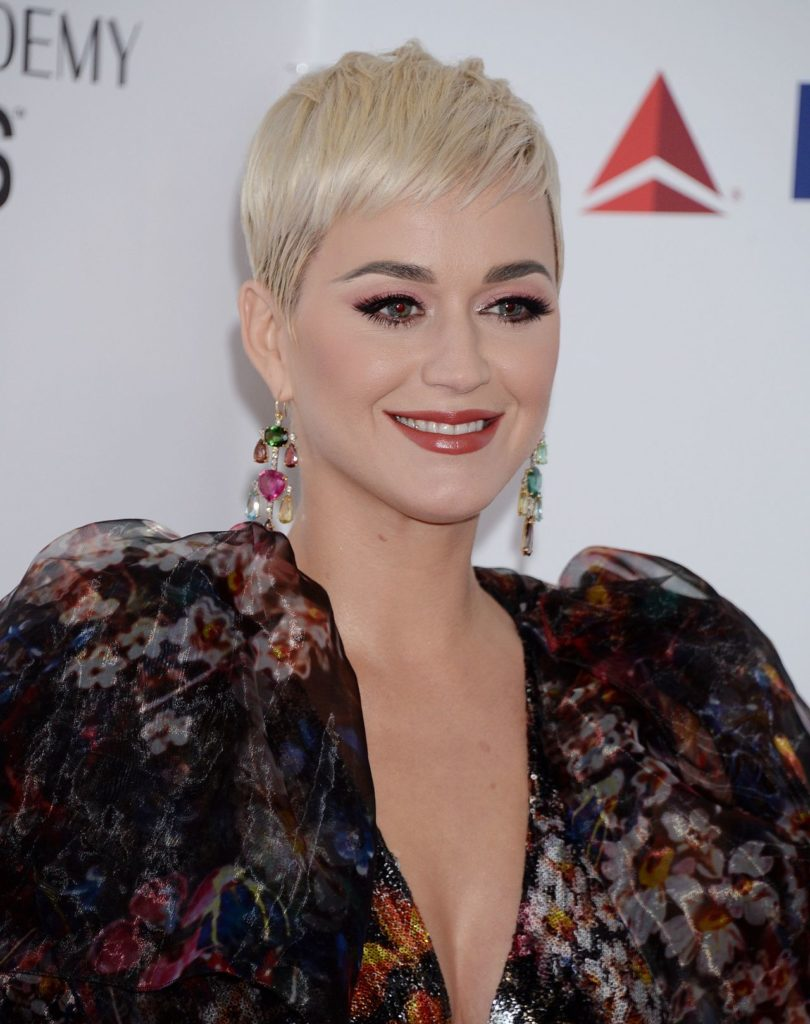 Katy-Perry-Haircut-Photos