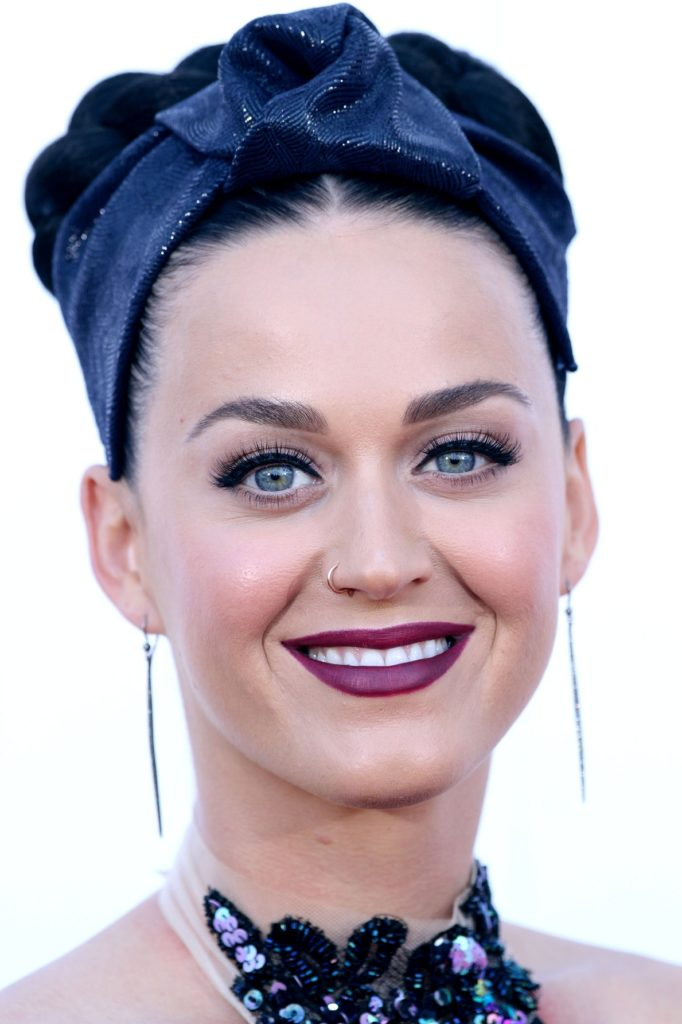 Katy-Perry-Makeup-Sexy-Pics