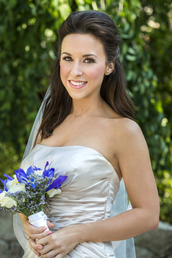 Lacey-Chabert-Bride-Look-Pics