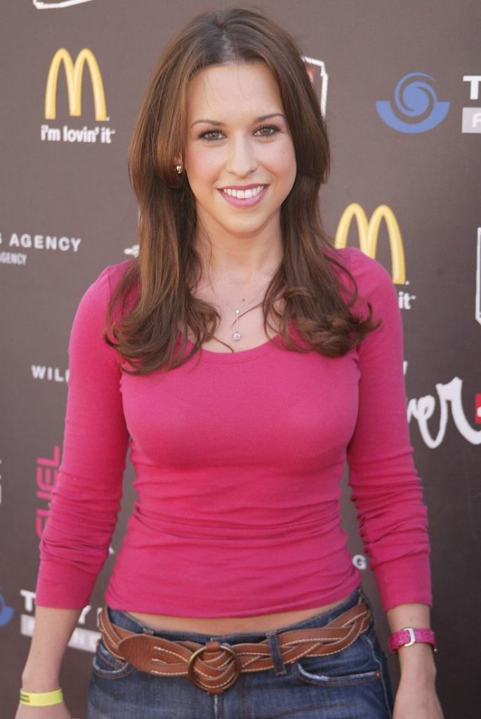 Lacey-Chabert-Jeans-Pics