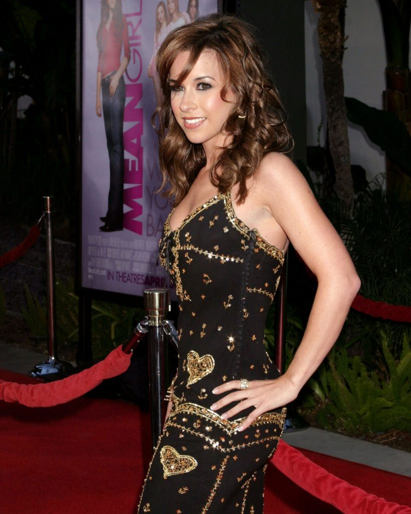 Lacey-Chabert-Lingerie-Pictures