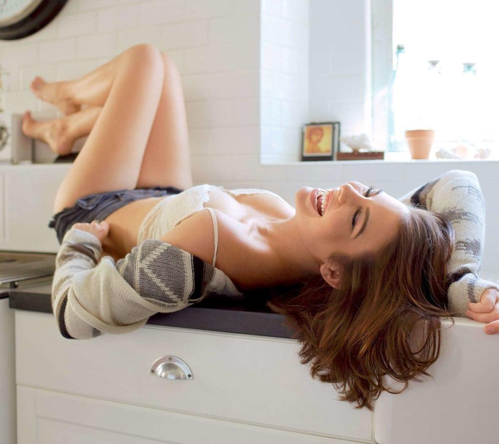 Lauren-Cohan-Boobs-Pics