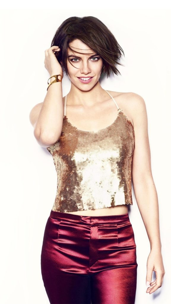 Lauren-Cohan-Leggings-Pics