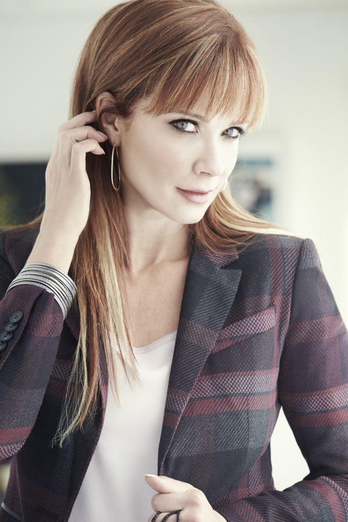Lauren-Holly-Body-Pics