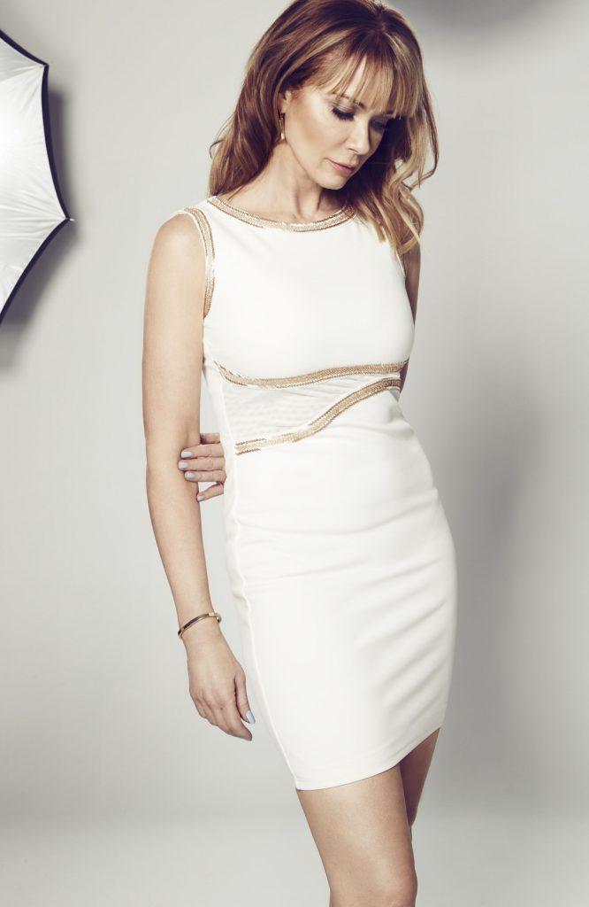 Lauren-Holly-Thighs-Pics