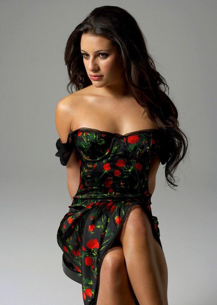 Lea-Michele-Legs-Pics