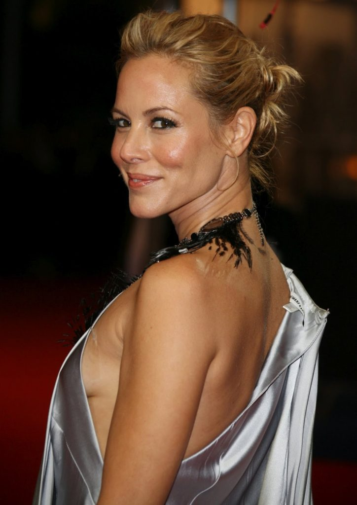 Maria Bello In Backless Clothes Photos
