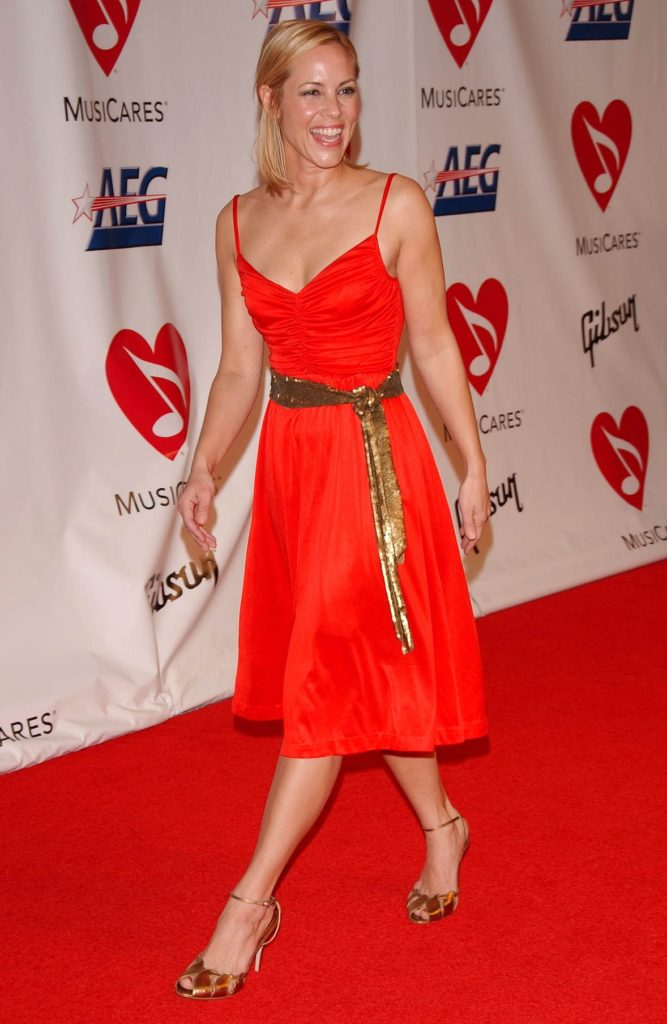 Maria Bello In Red Clothes Wallpapers