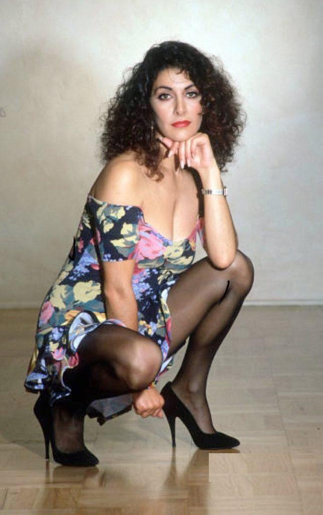 Marina Sirtis High Heals Images