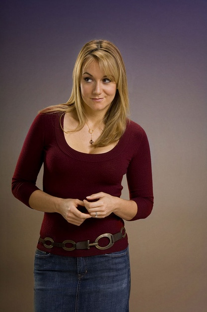 Megyn Price Jeans Photos