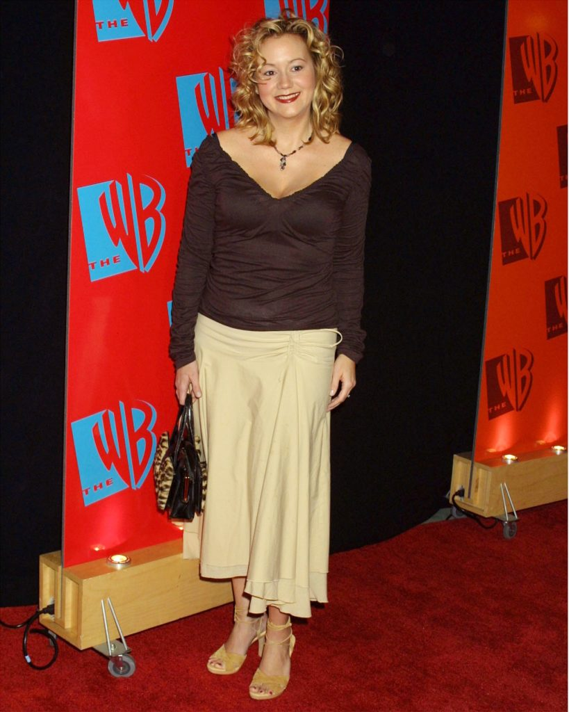 Megyn Price Legs Photos