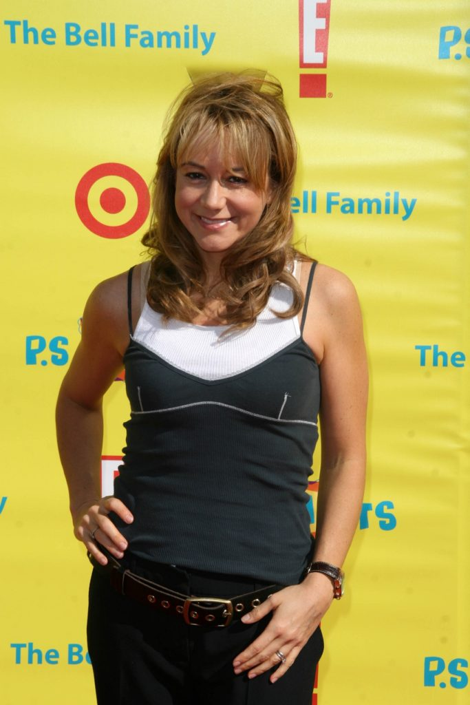 Megyn Price Muscles Photos