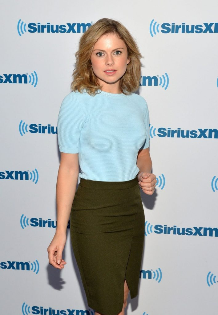 Rose McIver Sexy Pictures